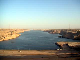 rep_egypt02_dam01.jpg
